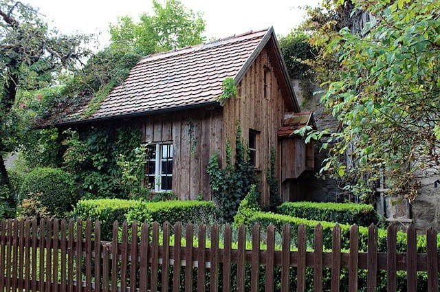 old-wooden-hut